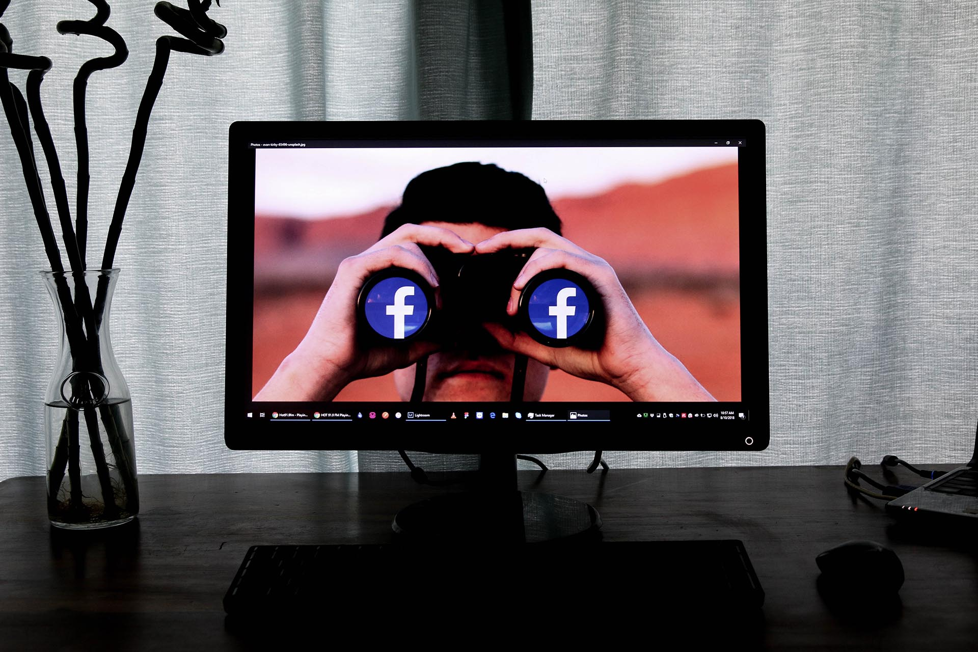 Facebook_Rooms